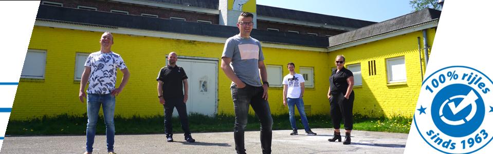 Het team van rijinstructeurs van Rijschool Mullender